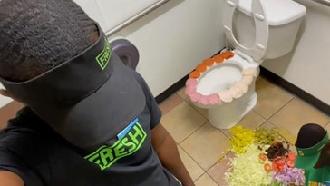subway worker trashes store